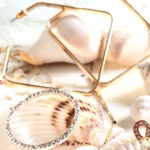 Jewelry - Selena Dangle Earring
